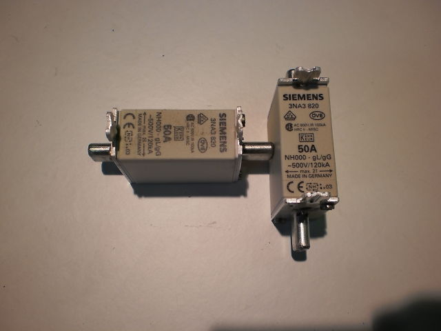 437 - 500VFUSE NH000 50A