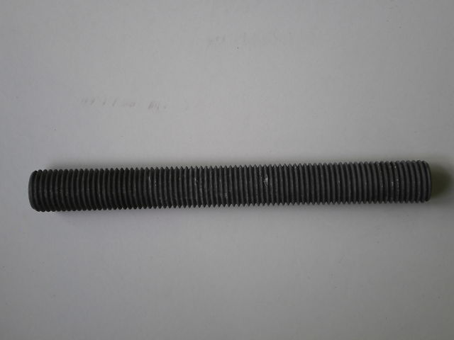 12 - THREADED ROD M30X270 8.8 FZV
