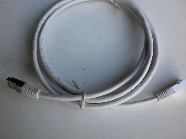 670 - PATCH CABLE RJ45 STP < 2.0M