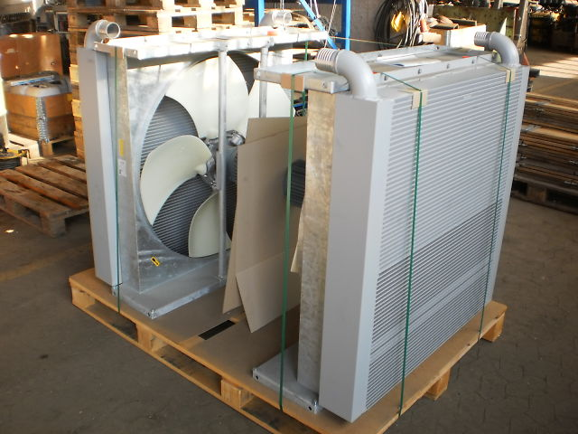 1022 - WATER- / OIL COOLER WITH TURBOLATOR  - NISSENS 2,3MW PAINTED<