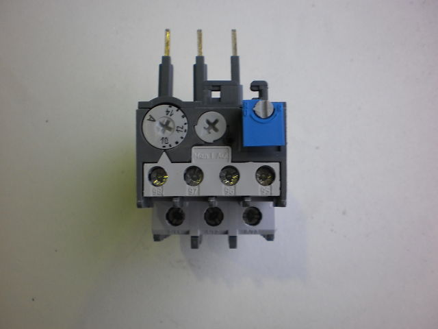 372 - THERMAL RELAY TA25DU